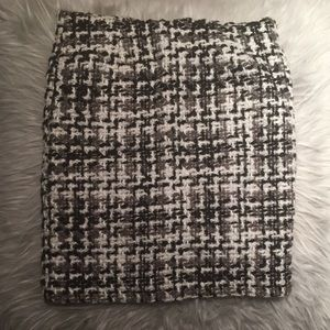 Amanda and Chelsea Tweed Mini Skirt
